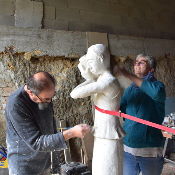 Fabrication de la statue par Martine, Jean-Claude, Marc et Jacques